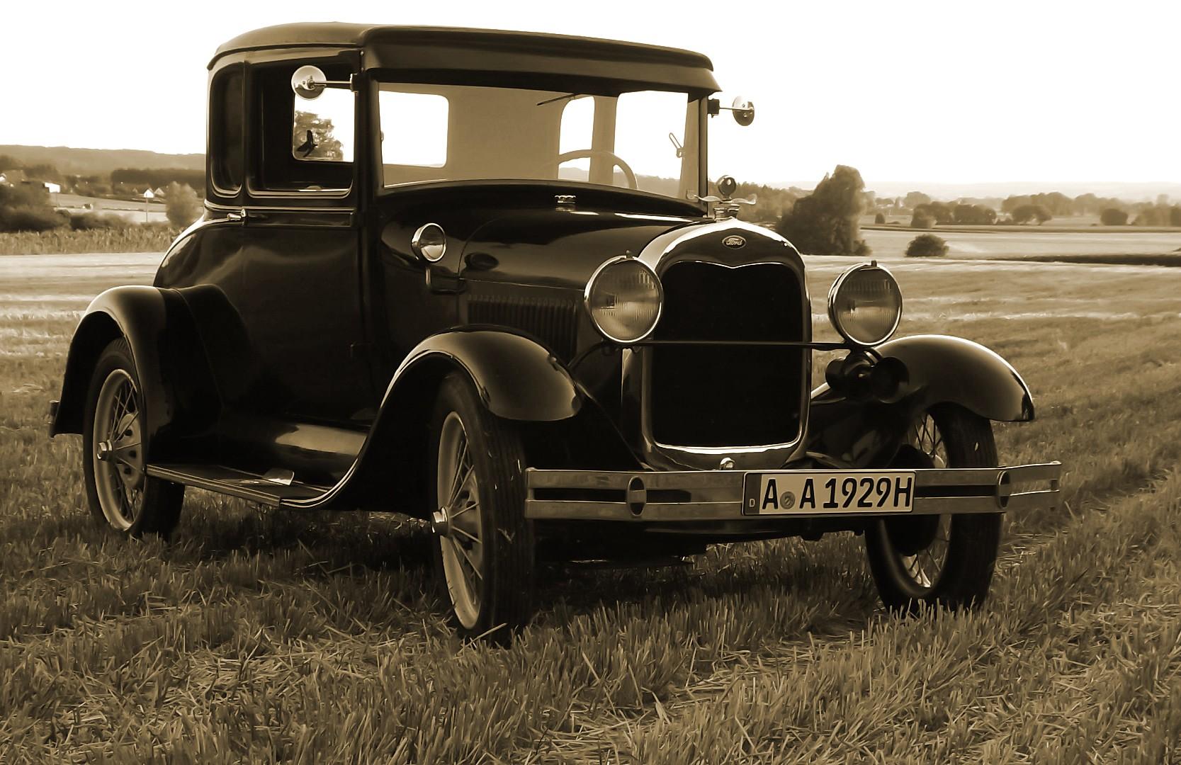 Old vintage garage ford model a for Garage ford cergy
